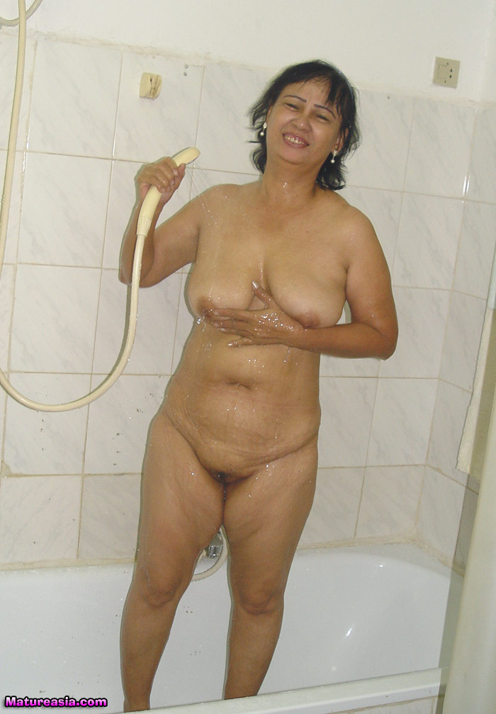nude desi young pussy