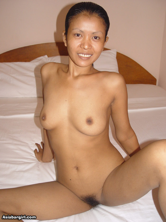 naked girl with hand in pussty